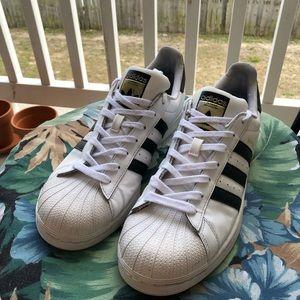 Adidas Superstars 👟✨